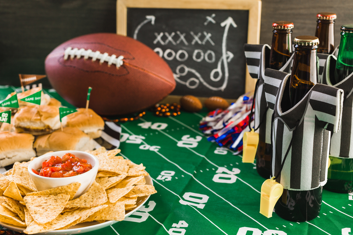 How to Host A Successful Super Bowl Party